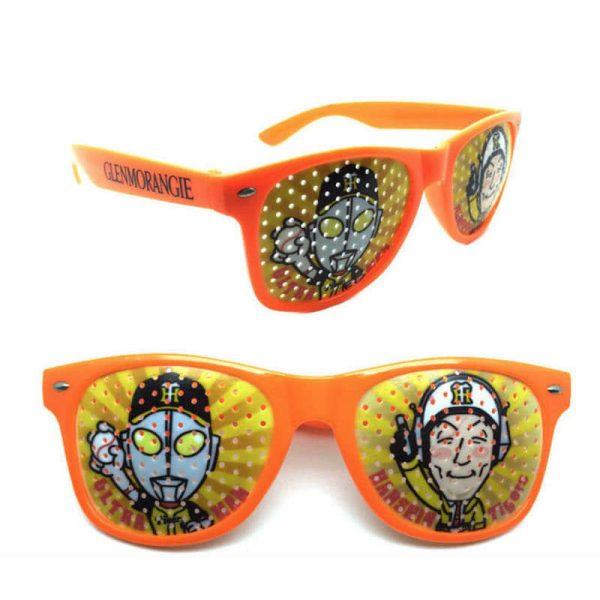 オリジナルピンホールサングラス名入れ印刷、製作します。