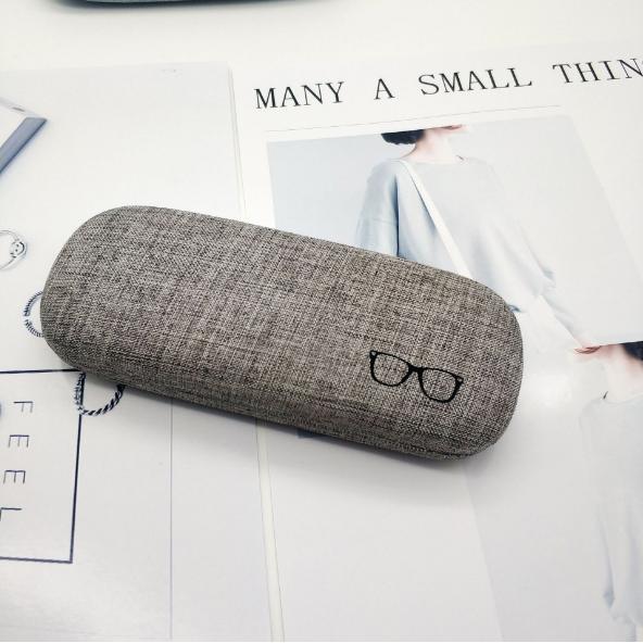 ノベルティ製造-オリジナルメガネケース製作