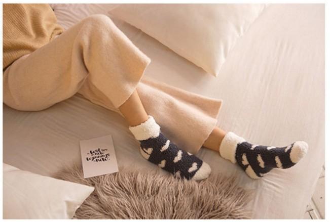 オリジナル モコモコ靴下制作、名入れのご案内です。