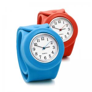リストバンド式腕時計オリジナル製作のノベルティ製造